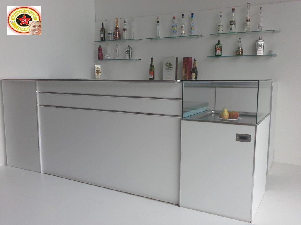 Banchi bar prezzi banchi bar banconi bar banchi frigo for Banconi reception prezzi